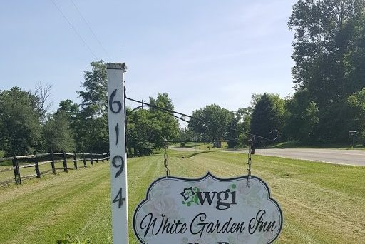 White Garden Inn B&B